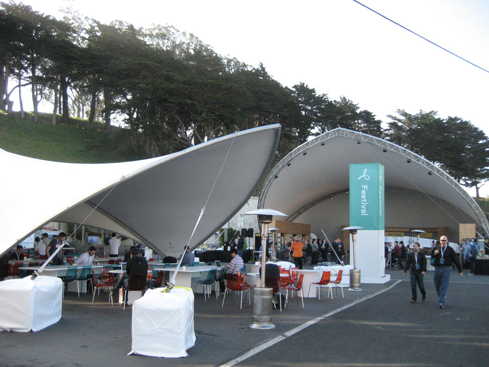 SaddleSpan S5000 Extended Event Tents | Facebook F8 Conference