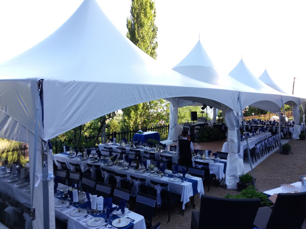 "Matrix Marquee MQ20 Skylight | Image Source <a href=""http://alinatent.com/hu/"" target=""_blank""> Alina Tent</a>"
