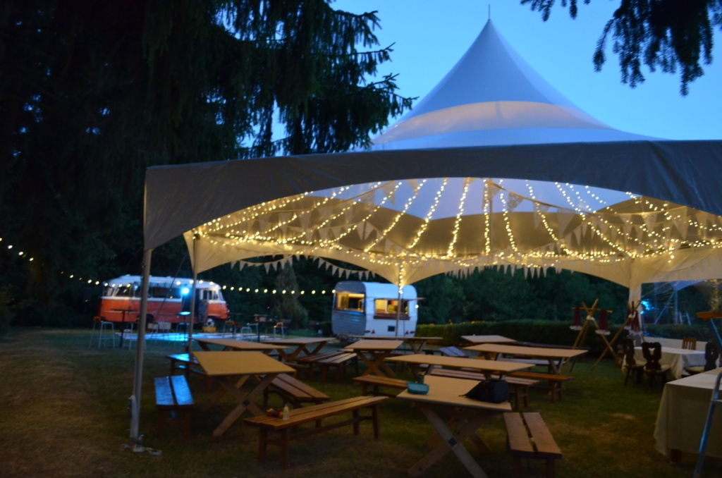 ... mq40 hex skylight - Alina Tent - Hungary (1) ... & Tent Gallery | Tentnology | Buy or Rent Party Tents u0026 Event Tents azcodes.com