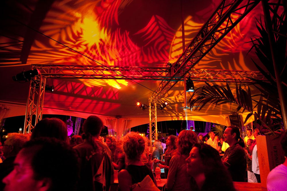 Party-tents_02