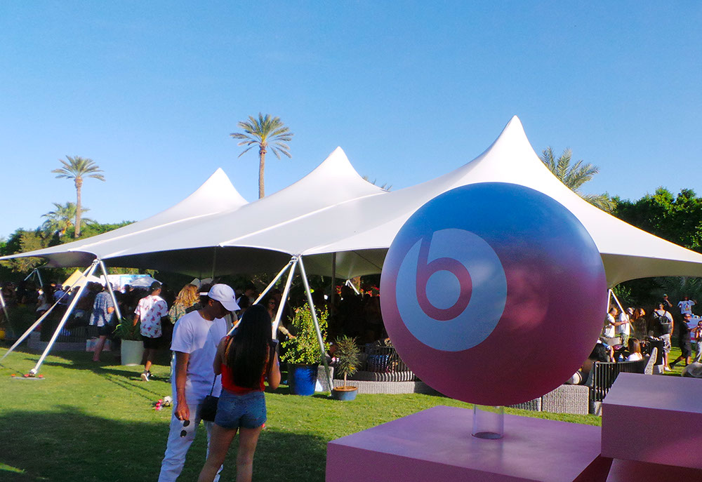 Poleadion 40x75 | Coachella Apple Beats event