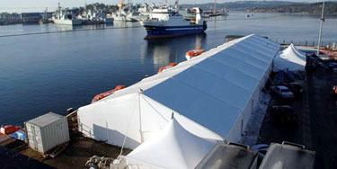 emergency-tents-by-water375